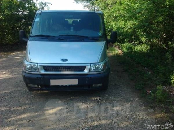 Ford Tourneo Connect, 2003 год, 700 000 руб.