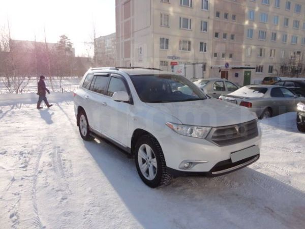 Toyota Highlander, 2011 год, 1 800 000 руб.