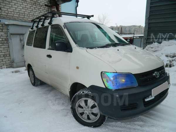 Toyota Town Ace Noah, 2000 год, 320 000 руб.