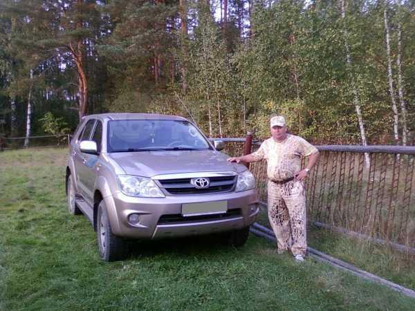 Toyota Fortuner, 2006 год, 1 000 000 руб.