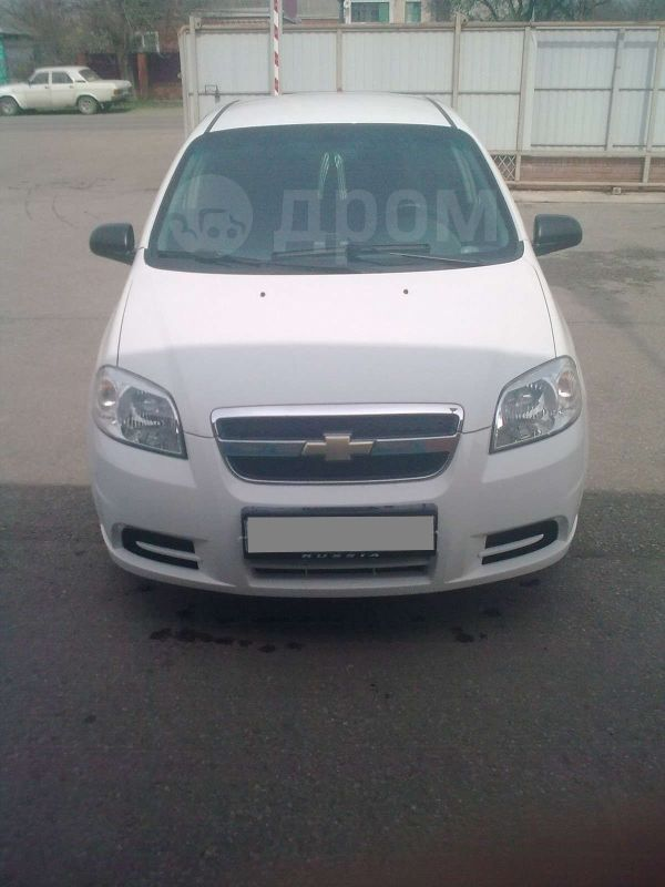 Chevrolet Aveo, 2010 год, 325 000 руб.