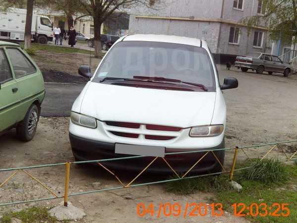 Dodge Caravan, 2000 год, 240 000 руб.