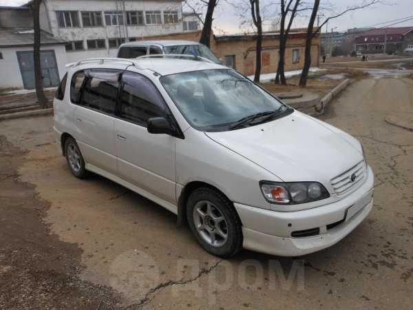 Toyota Ipsum, 1998 год, 290 000 руб.
