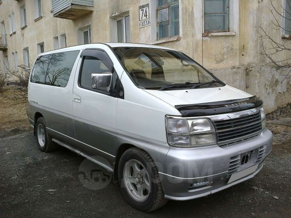 Nissan Elgrand, 1997 год, 370 000 руб.