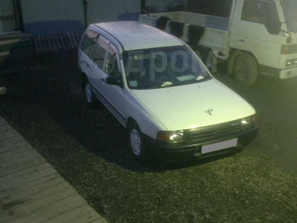 Nissan AD, 1998 год, 90 000 руб.