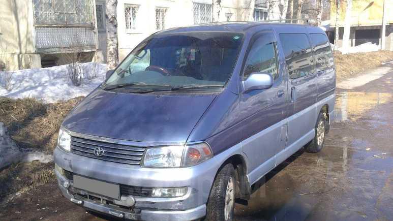 Toyota Hiace Regius, 1999 год, 427 000 руб.