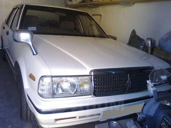 Nissan Cedric, 2000 год, 199 999 руб.