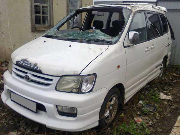 Toyota Town Ace Noah, 2000 год, 130 000 руб.
