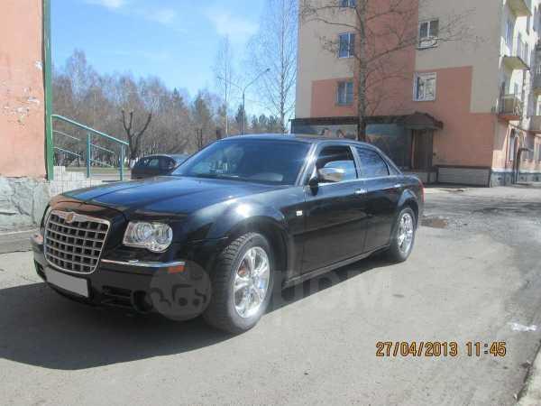 Chrysler 300C, 2005 год, 650 000 руб.