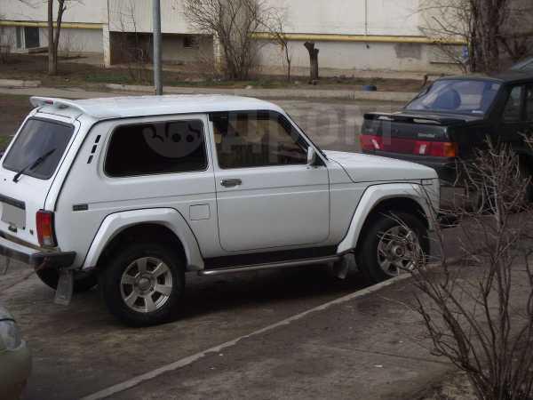 Лада 4x4 2121 Нива, 2001 год, 120 000 руб.