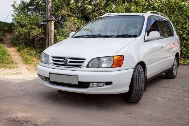 Toyota Ipsum, 2000 год, 347 000 руб.
