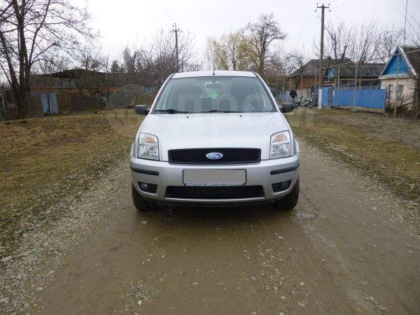 Ford Fusion, 2005 год, 295 000 руб.