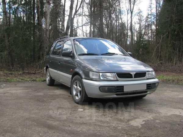 Mitsubishi Space Wagon, 1997 год, 155 000 руб.