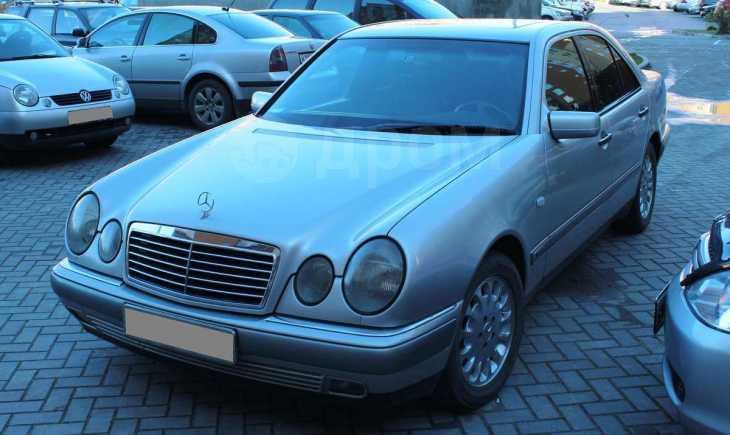 Mercedes-Benz E-Class, 1996 год, 275 000 руб.