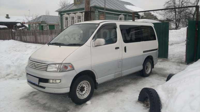 Toyota Regius, 1998 год, 450 000 руб.