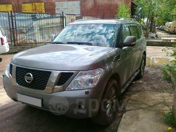 Nissan Patrol, 2011 год, 2 300 000 руб.