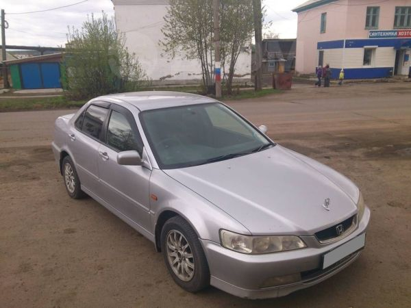 Honda Accord, 2001 год, 290 000 руб.