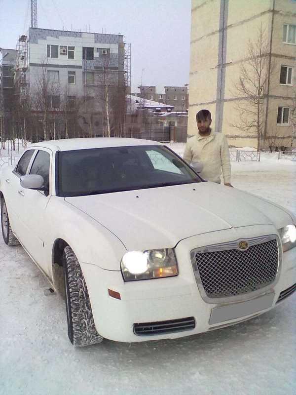 Chrysler 300C, 2005 год, 820 000 руб.