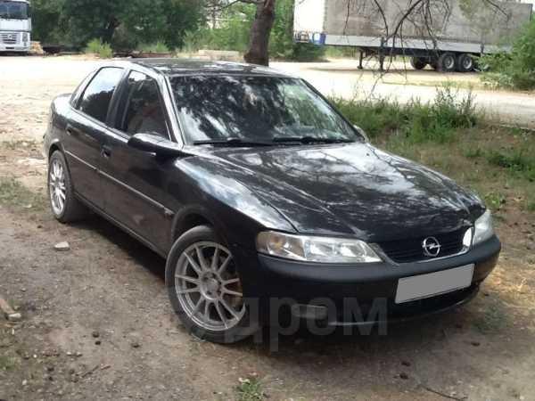 Opel Vectra, 1998 год, 270 000 руб.