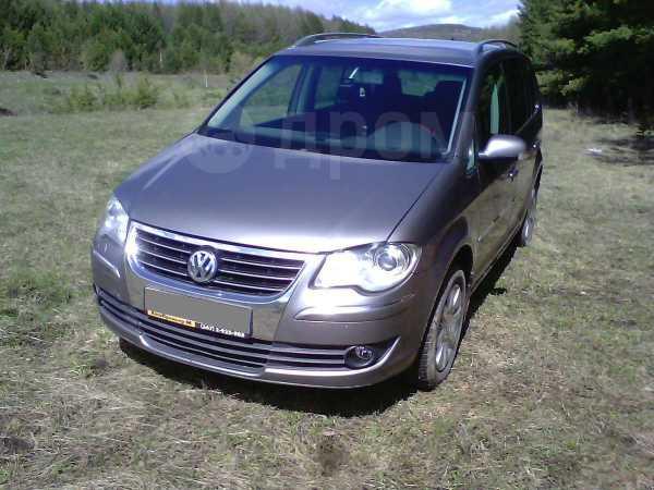 Volkswagen Touran, 2007 год, 570 000 руб.