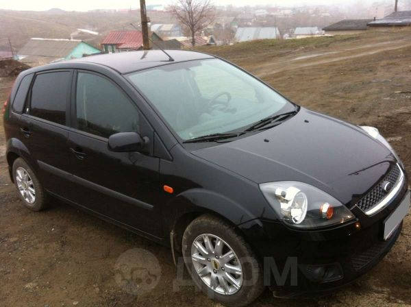 Ford Fiesta, 2007 год, 300 000 руб.