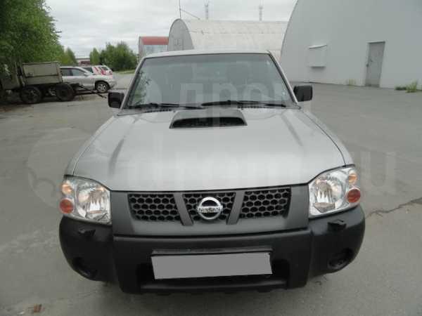 Nissan NP300, 2012 год, 700 000 руб.