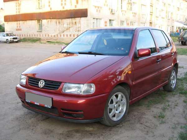 Volkswagen Polo, 1998 год, 195 000 руб.
