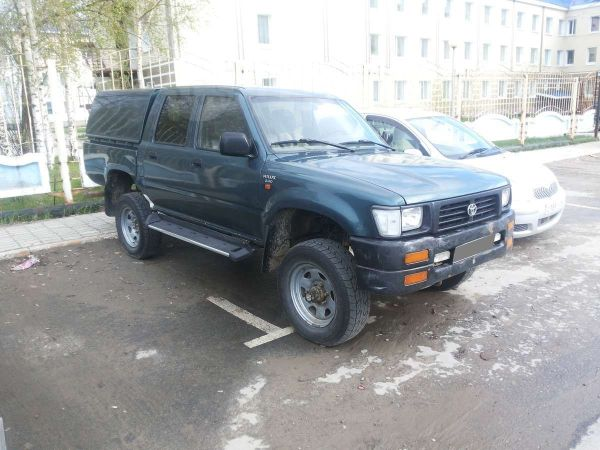 Toyota Hilux Pick Up, 1997 год, 350 000 руб.