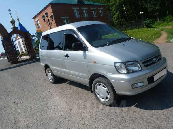 Toyota Town Ace Noah, 1999 год, 385 000 руб.
