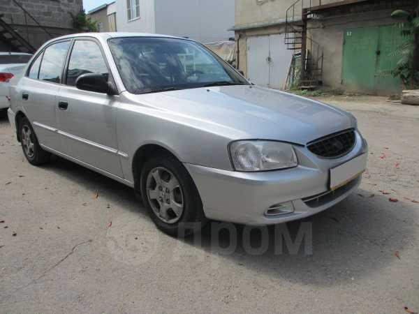 Hyundai Accent, 2000 год, 205 000 руб.