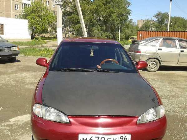 Hyundai Elantra, 1997 год, 130 000 руб.