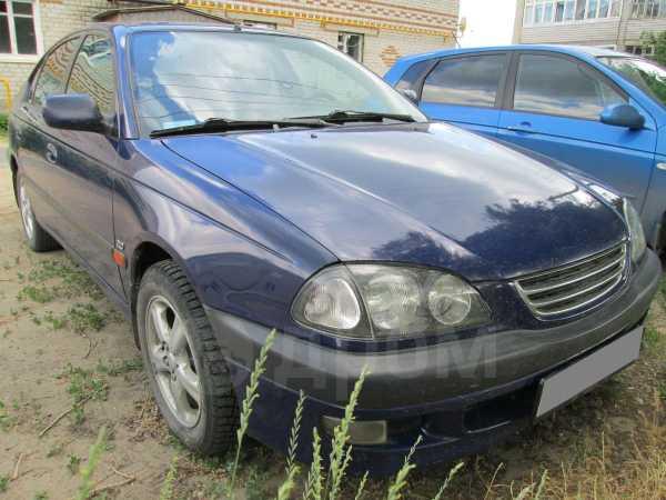 Toyota Avensis, 1999 год, 305 000 руб.