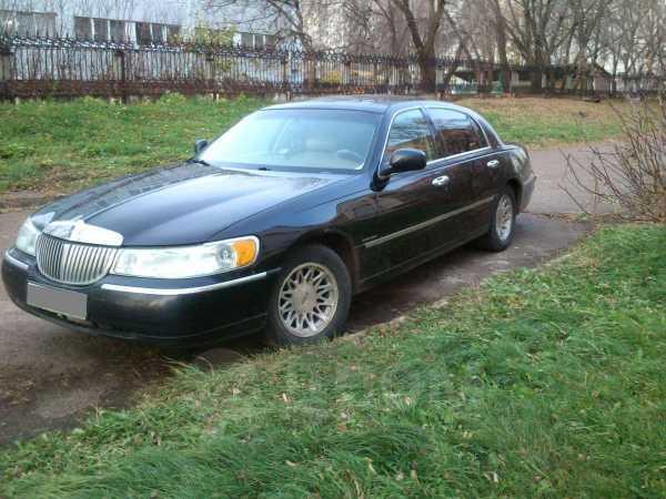 Lincoln Town Car, 2000 год, 470 000 руб.