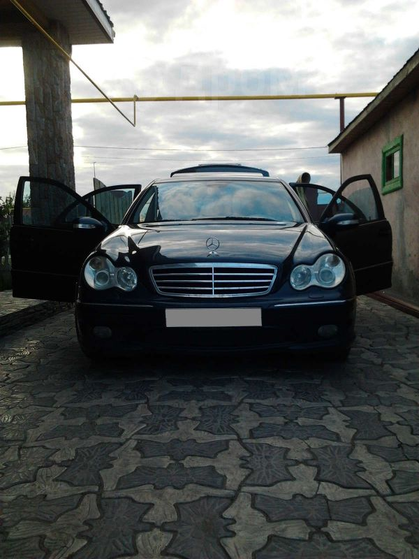 Mercedes-Benz C-Class, 2005 год, 650 000 руб.
