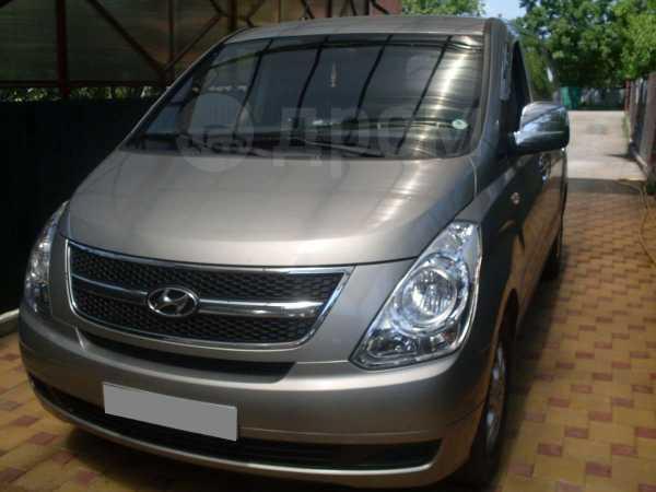 Hyundai Grand Starex, 2010 год, 790 000 руб.