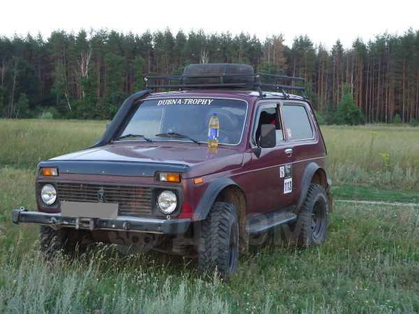 Лада 4x4 2121 Нива, 2003 год, 250 000 руб.