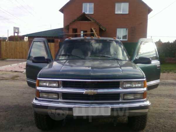 Chevrolet Suburban, 1996 год, 499 000 руб.