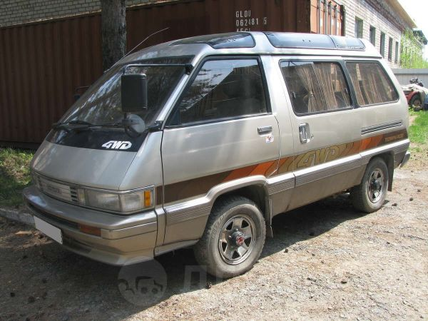 Toyota Master Ace Surf, 1989 год, 27 000 руб.