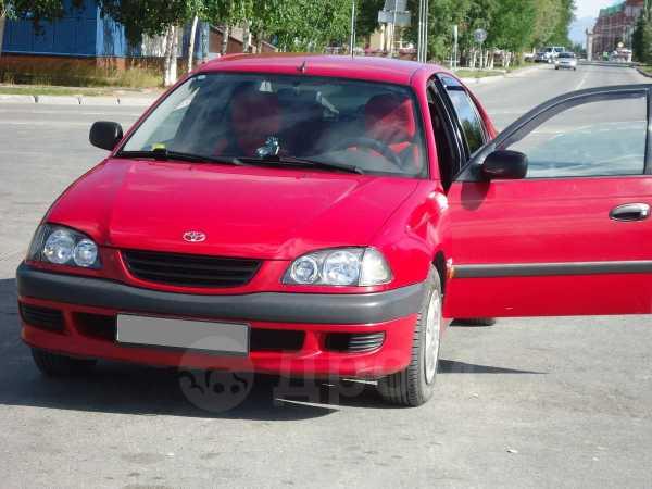 Toyota Avensis, 1998 год, 330 000 руб.
