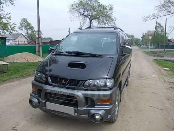 Mitsubishi Delica, 2001 год, 590 000 руб.