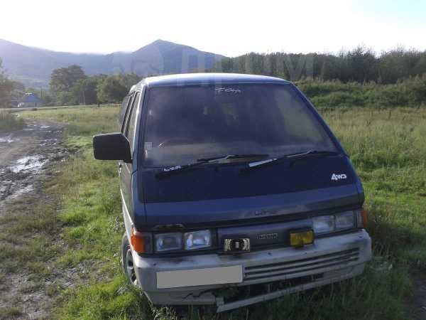 Nissan Largo, 1987 год, 30 000 руб.