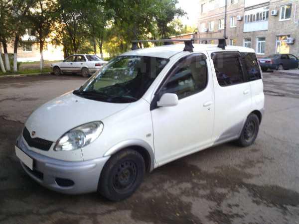 Toyota Funcargo, 2003 год, 180 000 руб.
