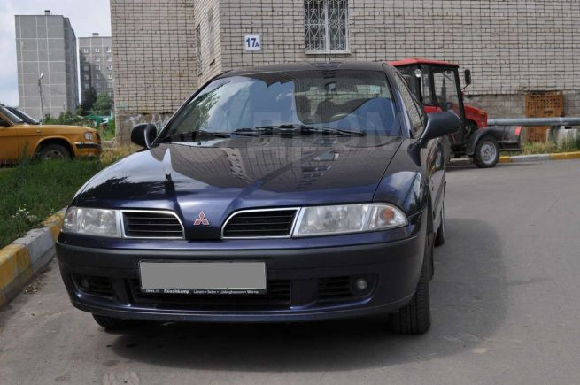 Mitsubishi Carisma, 2000 год, 250 000 руб.