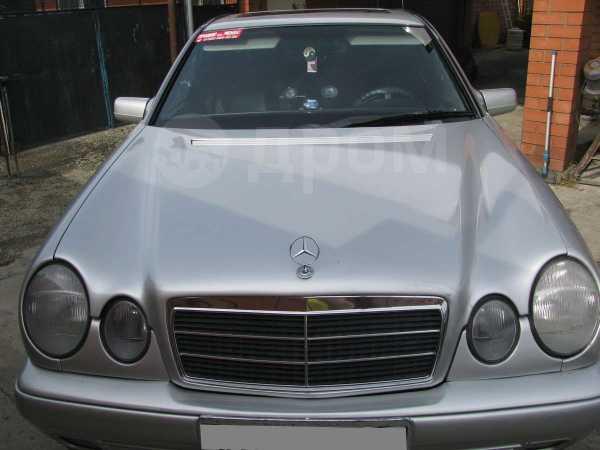 Mercedes-Benz E-Class, 1995 год, 299 000 руб.