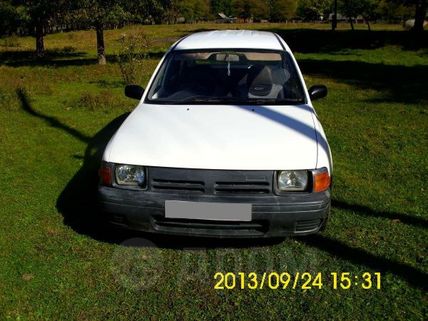 Nissan AD, 1997 год, 74 000 руб.