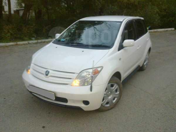 Toyota ist, 2002 год, 259 000 руб.
