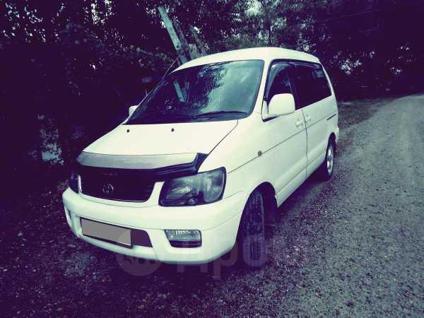 Toyota Lite Ace Noah, 2000 год, 405 000 руб.