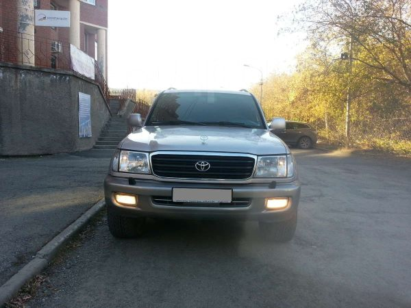 Toyota Land Cruiser, 2002 год, 1 050 000 руб.