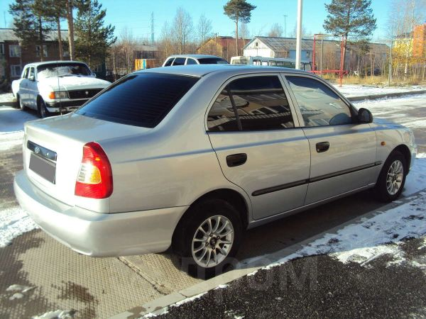 Hyundai Accent, 2004 год, 220 000 руб.