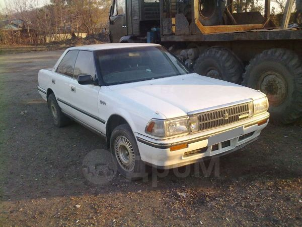 Toyota Crown, 1988 год, 65 000 руб.